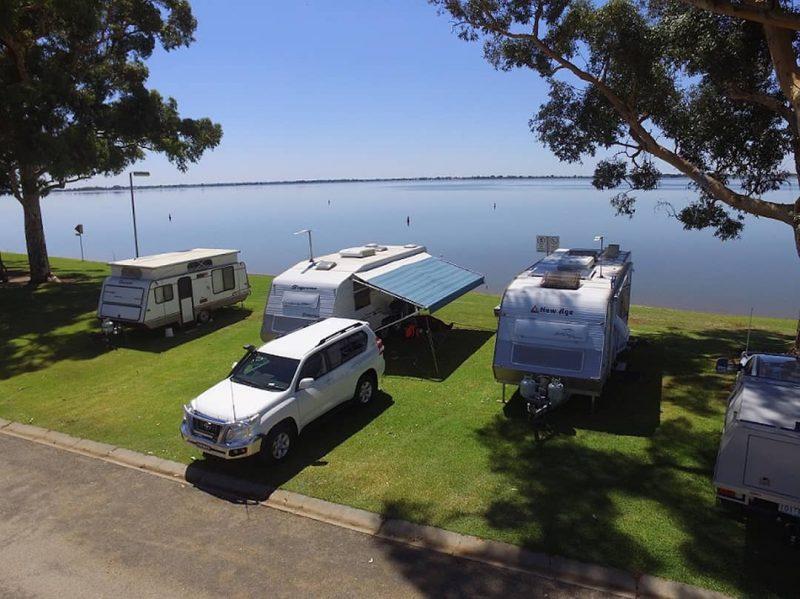 Swan Hill camping, Australia @lake_boga_caravan_park