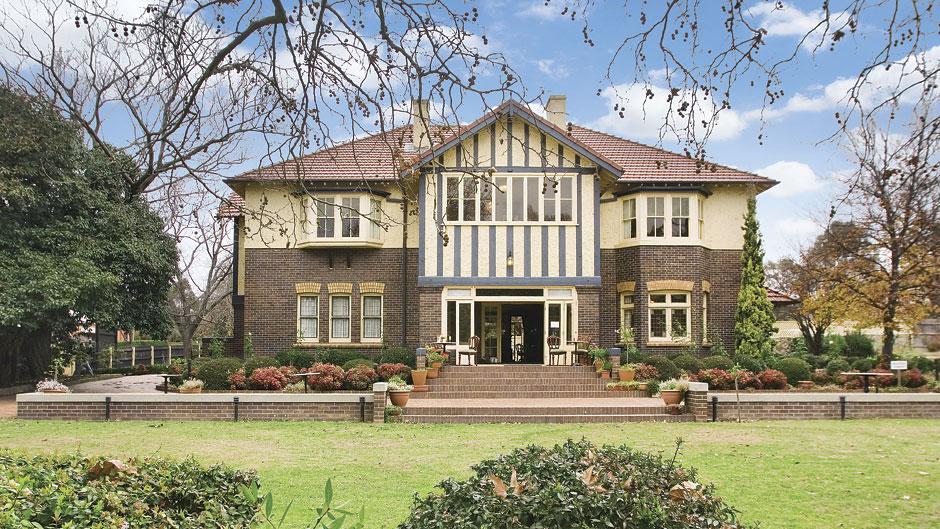 Hillgrove Rural Life and Industry Museum, Australia @armidaletourism.com.au