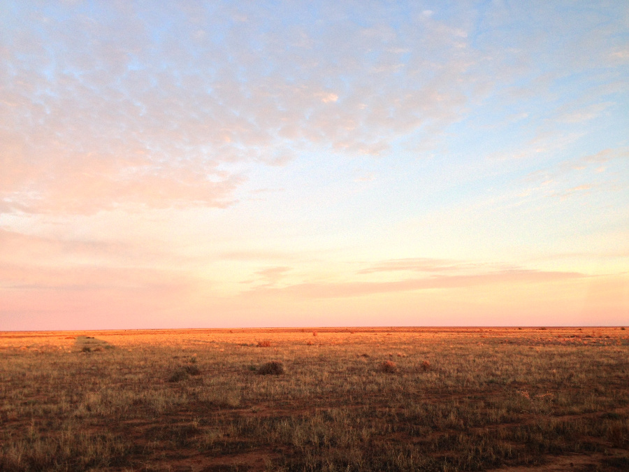 The Hay Plains, One of the Flattest Places in the World, Australia @Sleep Live Travel